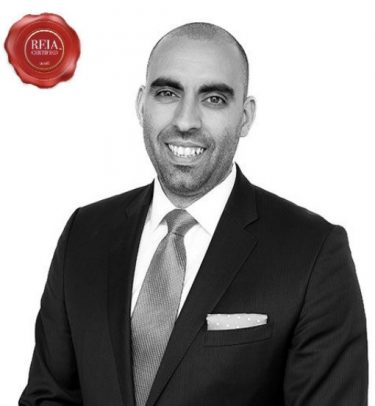 A black and white portrait of David Goncalves Founding Partner and Mortgage Agent of VINE Group
